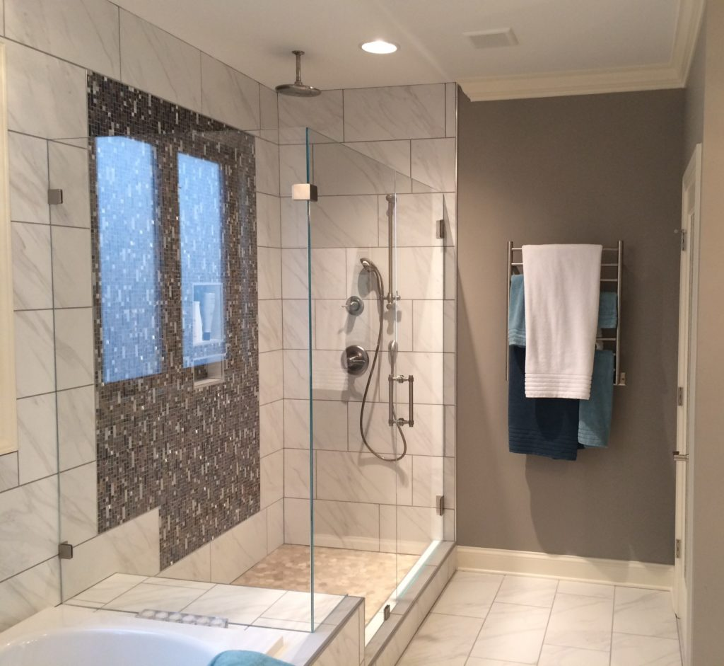 Frameless Ultra Clear Glass Shower With 90 Degree Panel On Bathtub Riser