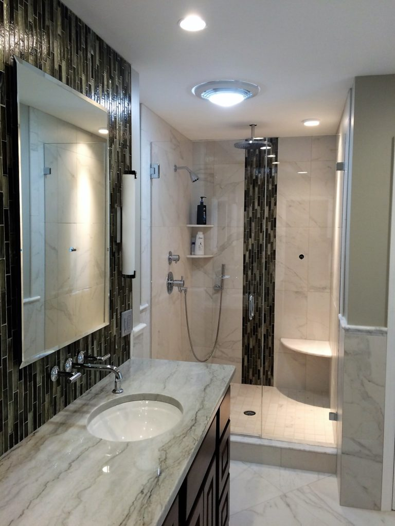 Ultra Clear Inline Swingdoor Shower Enclosure