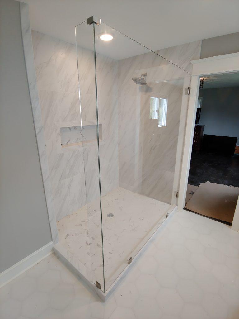 Open Glass Frameless Shower Englosure With No Door