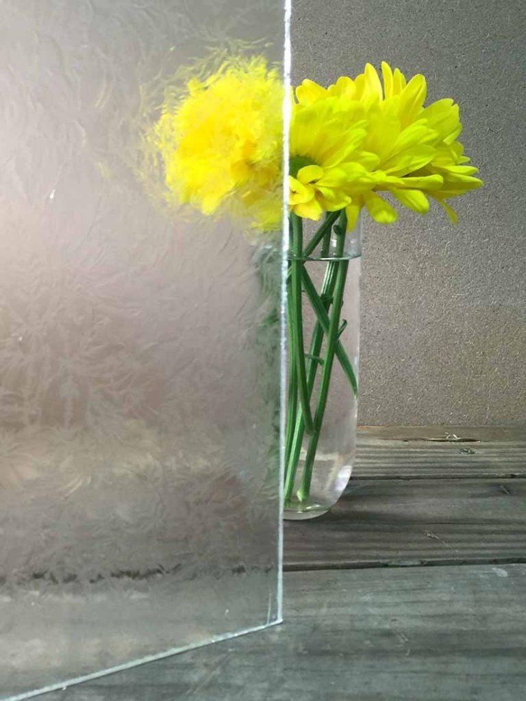 Glue Chip Glass Pattern
