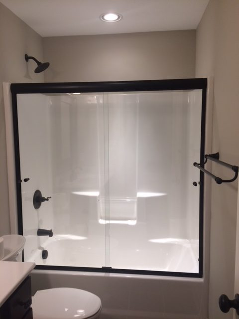 Semi Frameless Heavy Duty Ultra Clear Glass Bypass Slider Shower