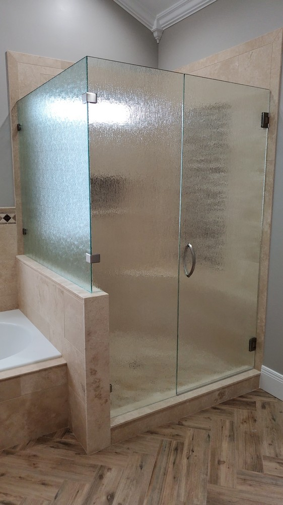 Standard Clear Rain Pattern Glass Shower Enclosure with 90 Degree Half Wall Panel